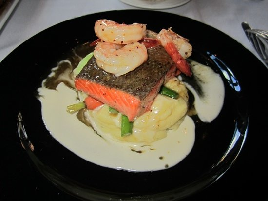 The Maple Leaf : maple dijon salmon with prawns! TO DIE FOR!