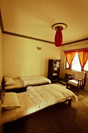 The Hub, Lazimpat: Twin bed (Non-attach)
