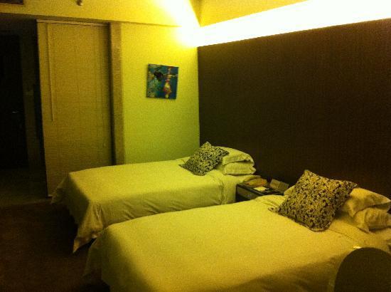 Zobon Art Hotel : room 1