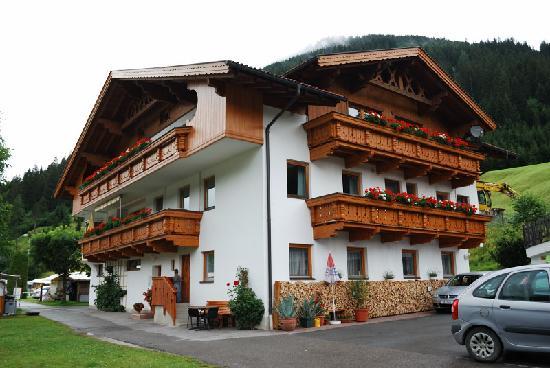 Hotel Garni Larchenhof Lermoos