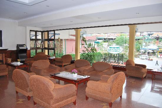 TTC Hotel Premium - Dalat: Salon d'accueil