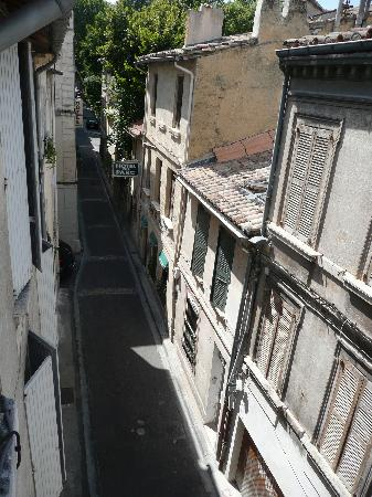 Hotel Le Colbert: Rue Agricol Perdigier