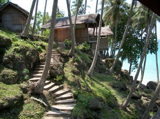 Freddies Santai Sumurtiga: Beach side bungalows