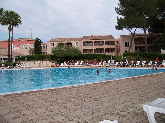 Résidence Saint-Raphael Valescure : piscine