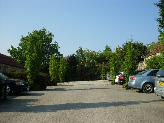 The White Swan Inn: car park