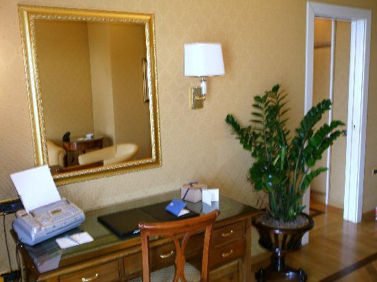 Vesuvio Suite: 室内