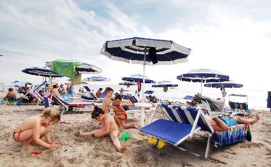 Camping Village Internazionale: Beach