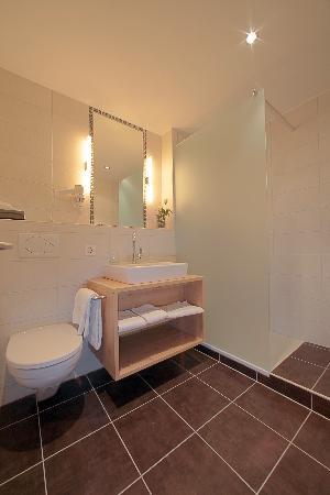 Hotel Olympic: Salles de bain rénovées