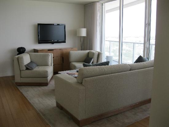 W Fort Lauderdale Living Room