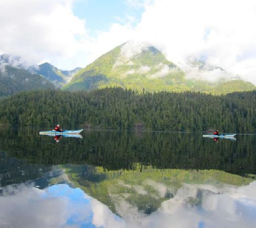 Clayoquot Wilderness Resort : Sea kayaking
