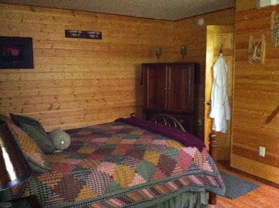 Talkeetna Chalet Bed & Breakfast: Denali Suite
