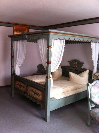 Kaiser Hotel Sonne: great room very large, fab sleep