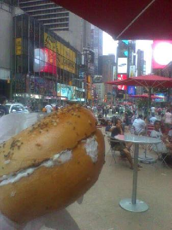 Times Square Hot Bagels: bagel in times square