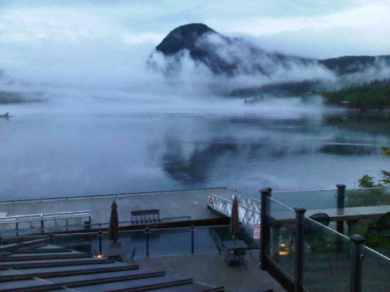 Sonora Resort: the fog comes creeping in....