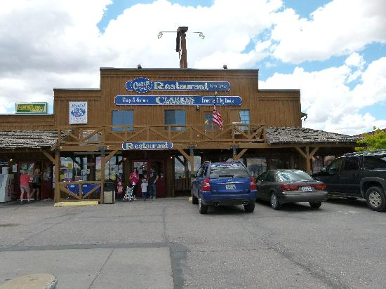 Foto de red ledges inn tropic the store and cafe Americas best storage
