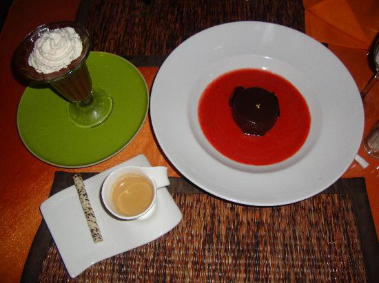 Natan's : Two wonderful desserts and a coffee