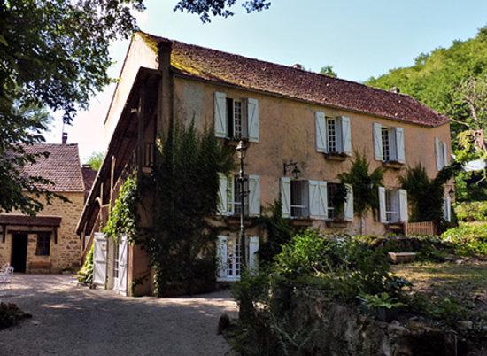 Le Moulin des Templiers : The Inn