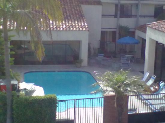 BEST WESTERN PLUS Redondo Beach Inn: Pool