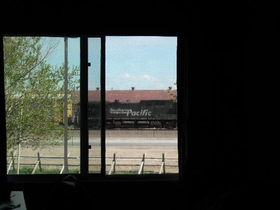 ‪‪Days Inn Cheyenne‬: View from inside our room - ideal for railroad enthusiast!‬