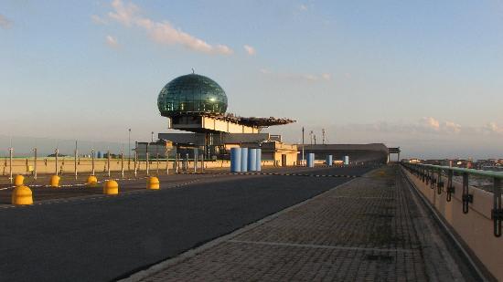 NH Torino Lingotto Congress: piste fiat sur le toit