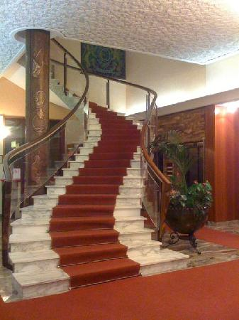 Hotel Excelsior : Hall