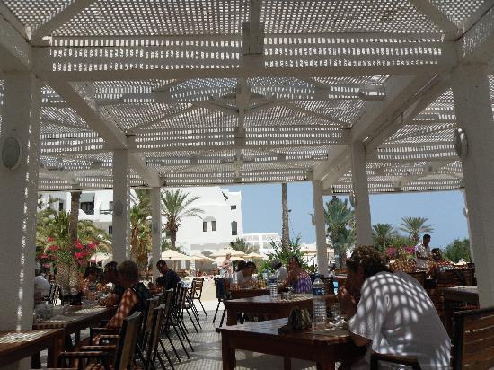 terrasse pour manger foto de seabel aladin djerba aghir tripadvisor. Black Bedroom Furniture Sets. Home Design Ideas