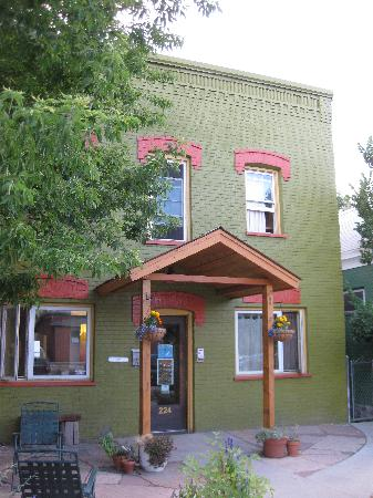 Simple Lodge: The hostel is painted in fun, funky colors. It is inviting and comfy.