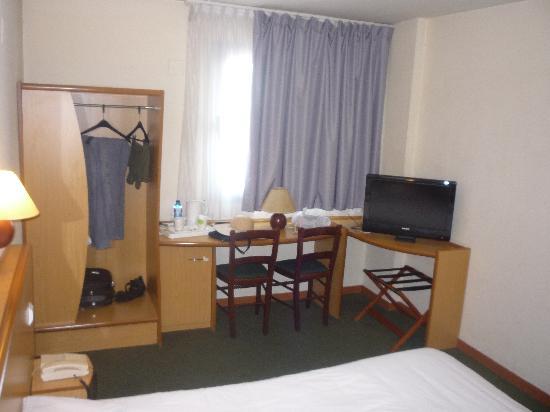 Campanile Alicante : Habitación 02