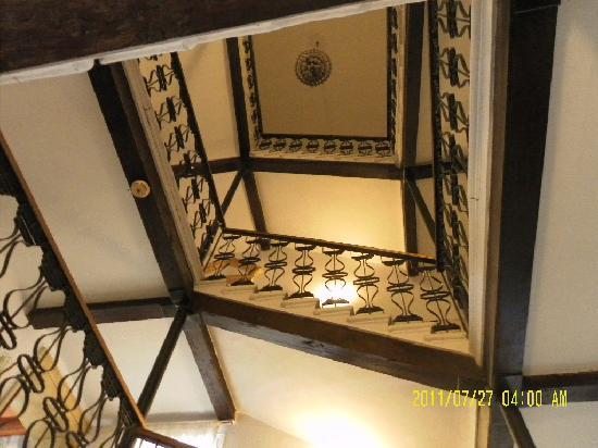 Porto Viro, Italia: scale di accesso alle camere