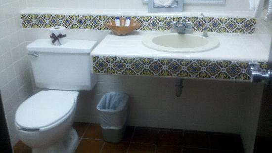 Hotel Playa Mazatlan: Bathroom