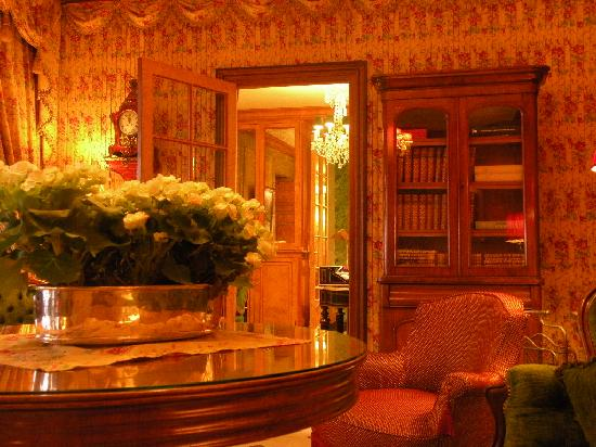 Hotel Duc de Saint Simon: Sitting room