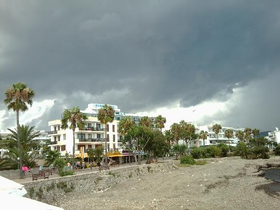 Protur Alicia Hotel: The storm is a brewing