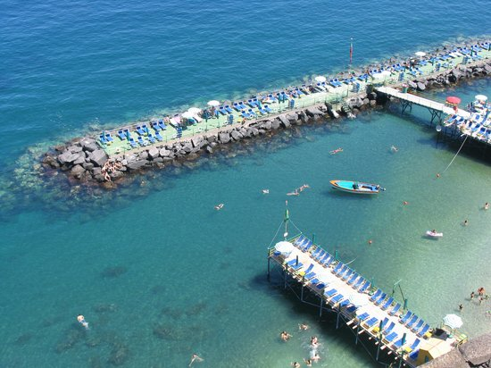 "B&B Sorrento: ""Our"" beach...steps from our room!"