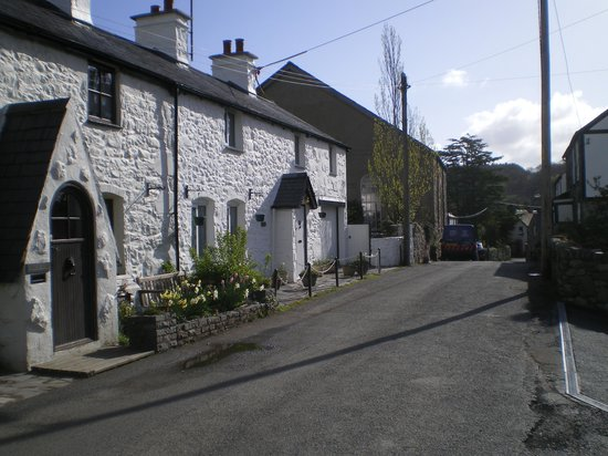 Photo of Tir y Coed Country House Rowen