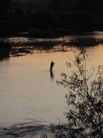 Fellcroft Bed and Breakfast: Fly fishing on the river close to Fellcroft