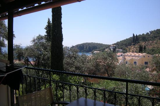 Dimitris & Frosso Apartments : view from balcony