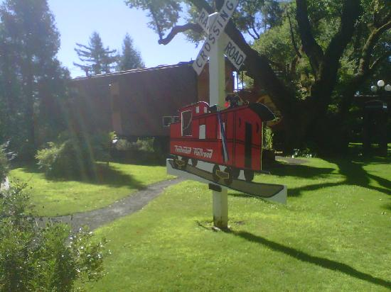 Featherbed Railroad Bed & Breakfast Resort: Our caboose
