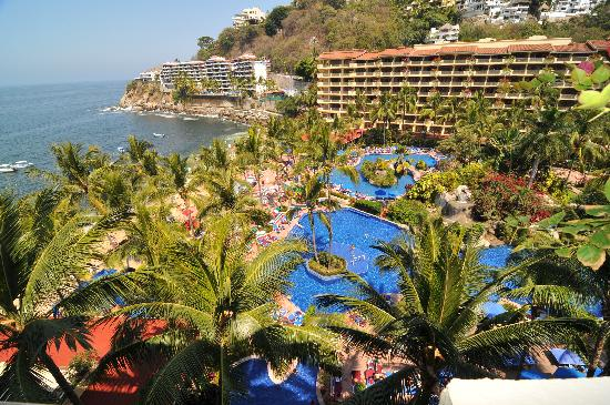 Barcelo Puerto Vallarta: The view of the Hotel from our Room