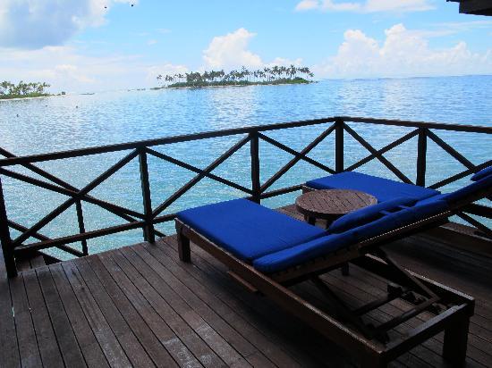 Olhuveli Beach Spa Maldives Deluxe Water Villa Deck