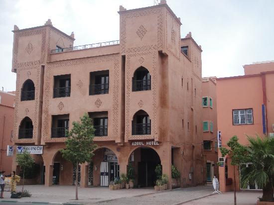 Hotel Azoul: Exterior