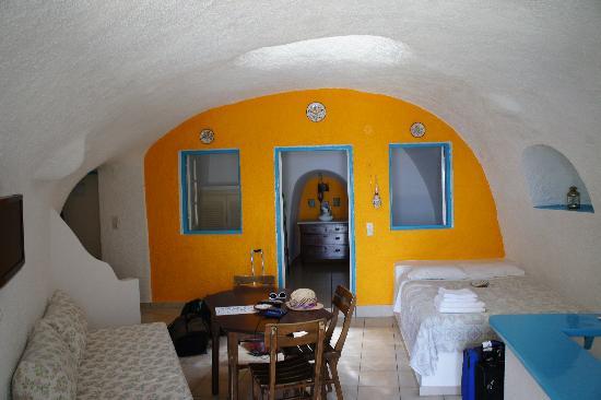 Efterpi Villas: #5 room