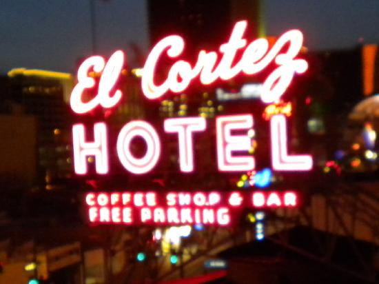 El Cortez Hotel & Casino: I loved the view from the balcony!