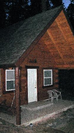 Rustic Ridge Guest Cabins: our cabin