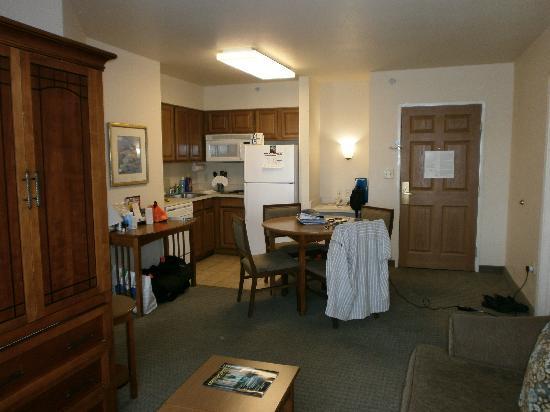 Kitchen - Picture of Staybridge Suites Anaheim - Resort
