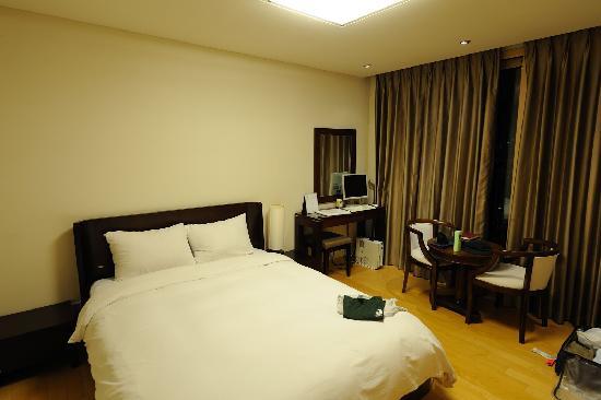 Cheongdam Human Star Ville : bedroom