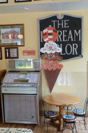 Queen City Creamery & Deli