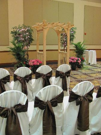 Grand Casino Hinckley: Almost time for the wedding in the ballroom.