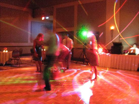Grand Casino Hinckley: The dance floor, we boogied all night!