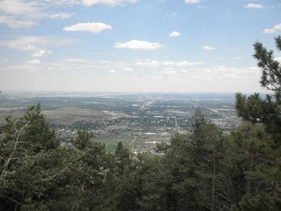 Lookout Mountain Nature Center : Looking towards Denver Metro