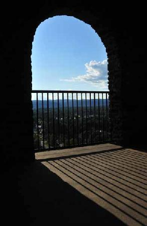 Poet's Seat Tower: Beautiful Arches